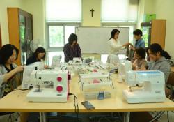 다문화 자조모임 '다우리-아이 옷 만들기' 5차 모임 진행