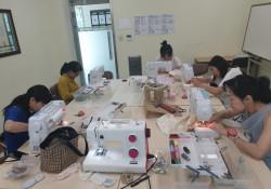다문화 자조모임 '다우리-아이 옷 만들기' 12회 모임 진행